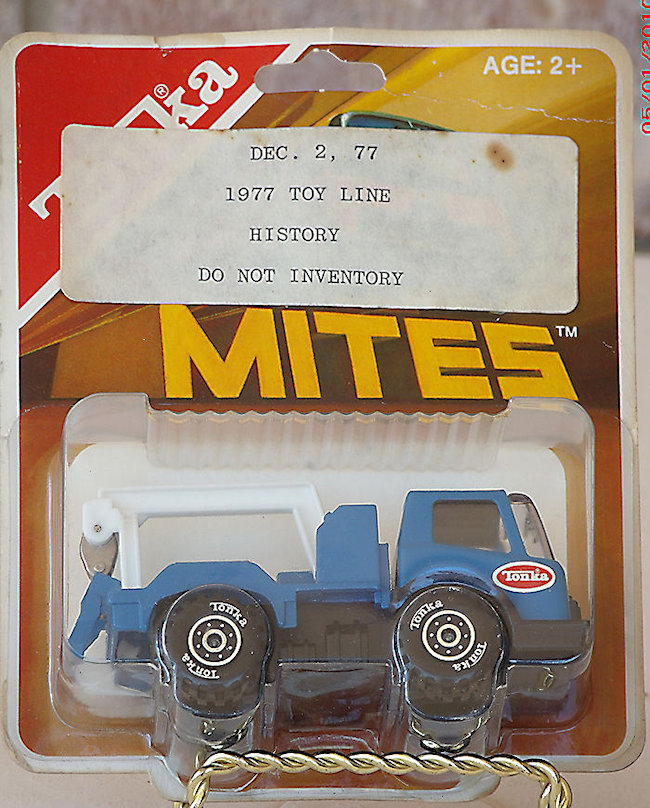 1977 Tonka Mites Model 148 Wrecker In Blister #063