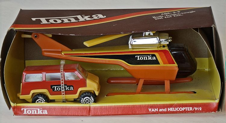 1980 Tiny Tonka Model #912 Van and Helicopter #041