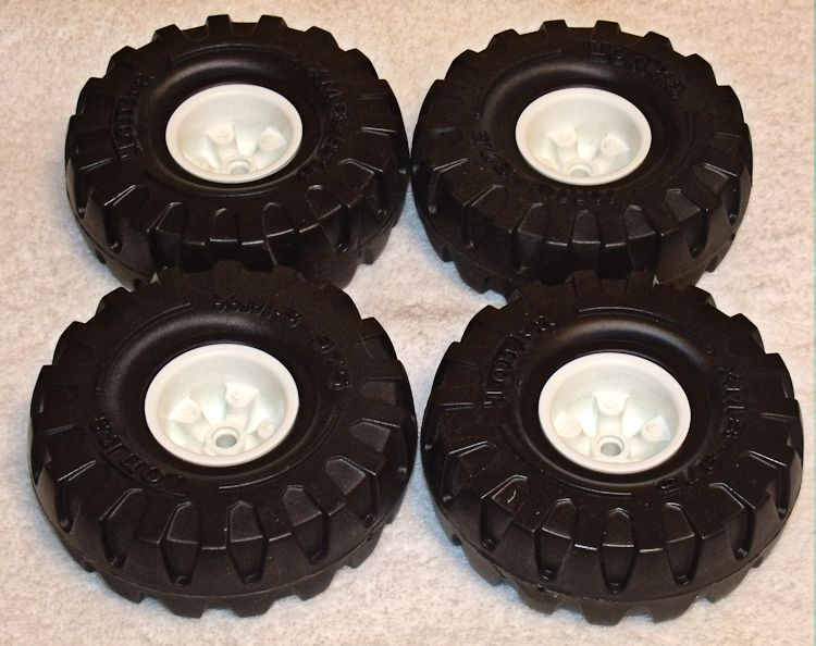 Tonka XMB-975 Balloon Tire on a White Hub #046